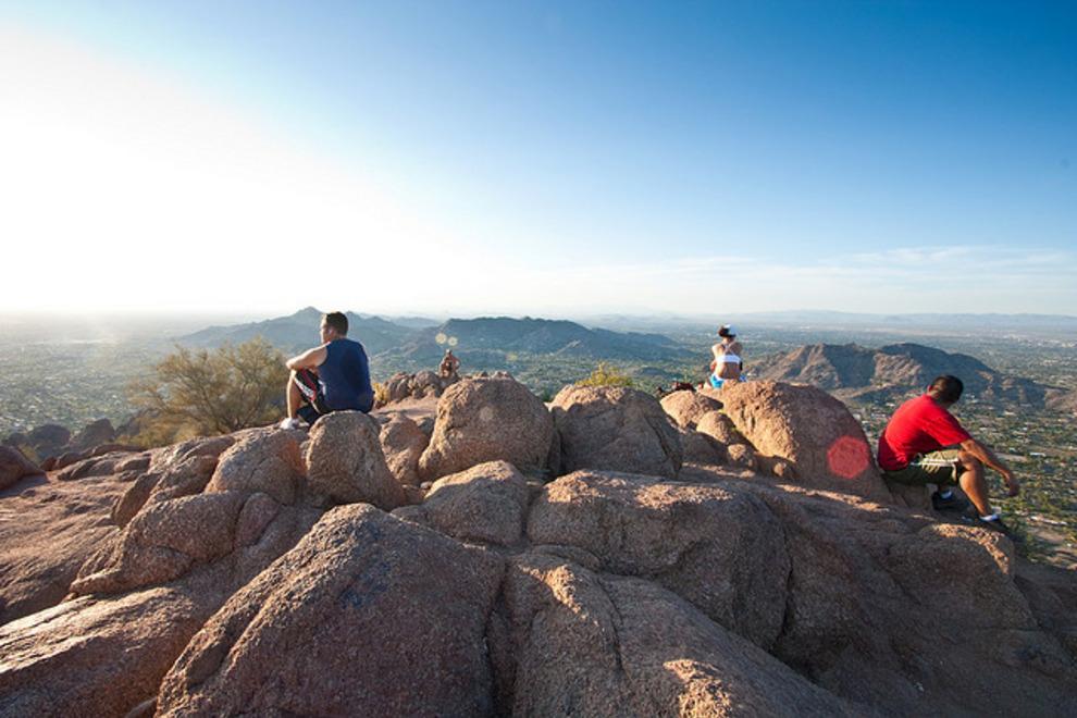 Camelback-Mountain-Phoenix-Hikers